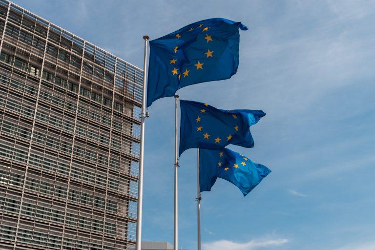 UE : La Commission veut doter l'Union d'une réserve sanitaire stratégique et étendre au champ du sanitaire le dispositif européen de protection civile